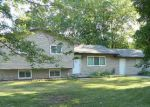 Foreclosed Home en ORCHARD AVE, Clare, MI - 48617