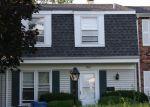 Foreclosed Home en NANTUCKET CV, Hanover Park, IL - 60133