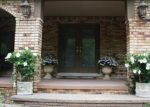 Foreclosed Home en DUTTON RD, Rochester, MI - 48306