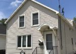 Foreclosed Home in N IRWIN AVE, Green Bay, WI - 54302