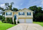 Foreclosed Home en VENTNORE PL, Douglasville, GA - 30135