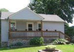 Foreclosed Home en DEERING ST, Livonia, MI - 48150