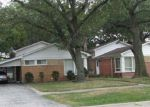 Foreclosed Home en DOBSON AVE, Dolton, IL - 60419