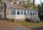 Foreclosed Home en SUNSET RD, Brick, NJ - 08723