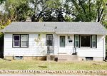 Foreclosed Home en DALE AVE, Saint Charles, MO - 63301