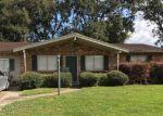 Foreclosed Home en S 2ND ST, Nederland, TX - 77627