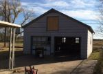 Foreclosed Home en W 7TH ST, Haysville, KS - 67060