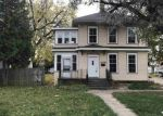 Foreclosed Home en SHERRY ST, Neenah, WI - 54956