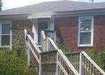 Foreclosed Home en HUNTERS PATH, Goshen, KY - 40026