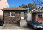 Foreclosed Home en BATCHELDER ST, Brooklyn, NY - 11235