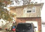 Foreclosed Home en BEVERLY RD, Wantagh, NY - 11793