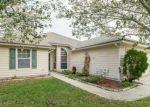 Foreclosed Home en BEAVER CREEK DR, Jacksonville, FL - 32210