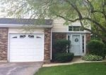 Foreclosed Home en WINCHESTER DR, Streamwood, IL - 60107