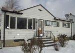 Foreclosed Home en HARRISON DR, Brook Park, OH - 44142