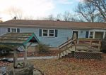 Foreclosed Home en TURKEY ROOST RD, Monroe, CT - 06468