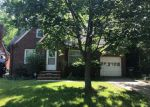 Foreclosed Home en WRENFORD RD, Cleveland, OH - 44121