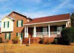 Foreclosed Home en ALEXWOOD DR, Hope Mills, NC - 28348