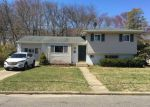 Foreclosed Home in W 24TH ST, Deer Park, NY - 11729