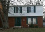 Foreclosed Home en HILLCREST ST, Grosse Pointe, MI - 48236