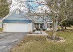 Foreclosed Home en HARBOR DR, Carpentersville, IL - 60110