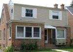 Foreclosed Home en EVERGREEN AVE, Des Plaines, IL - 60016