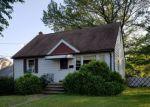 Foreclosed Home en AVENUE F, Lodi, NJ - 07644