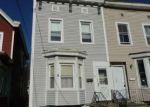 Foreclosed Home en JOHN ST, Rensselaer, NY - 12144