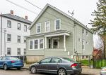 Foreclosed Home en TUTTLE ST, Fall River, MA - 02724