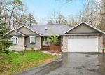 Foreclosed Home en CARROCK WAY, Tamiment, PA - 18371