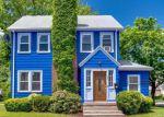 Foreclosed Home en GLENBROOK AVE, Hamden, CT - 06514