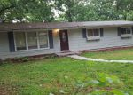 Foreclosed Home en HIDDEN ACRES CT, Lake Ozark, MO - 65049
