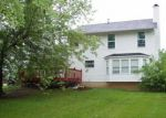 Foreclosed Home en GREENSTONE DR, Saint Charles, MO - 63303