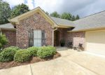 Foreclosed Home en NOTTING HILL PL, Canton, MS - 39046