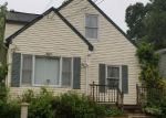 Foreclosed Home en ALBA AVE, Bridgeport, CT - 06606