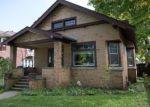 Foreclosed Home en GILLETT AVE, Waukegan, IL - 60085