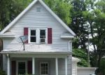 Foreclosed Home en E MAPLE AVE, La Porte, IN - 46350