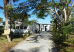 Foreclosed Home en HENDERSON DR, Naples, FL - 34114