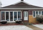 Foreclosed Home en W 77TH PL, Chicago, IL - 60652