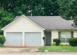 Foreclosed Home en WESTGLEN RD, Ellenwood, GA - 30294