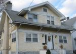 Foreclosed Home en HILLHOUSE AVE, Bridgeport, CT - 06606