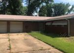 Foreclosed Home en PEPPERIDGE DR, Saint Louis, MO - 63134