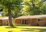 Foreclosed Home en ANGELINE DR, Saint Louis, MO - 63137