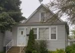 Foreclosed Home en HERVEY AVE, North Chicago, IL - 60064