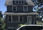Foreclosed Home en WALNUT ST, Teaneck, NJ - 07666
