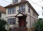 Foreclosed Home en E 29TH ST, Paterson, NJ - 07514