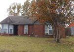 Foreclosed Home en OAK LEAF DR, Olive Branch, MS - 38654