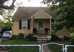 Foreclosed Home en BAYARD AVE, Dundalk, MD - 21222