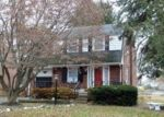 Foreclosed Home en WADAS AVE, Upper Darby, PA - 19082