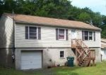Foreclosed Home en FAIRHAVEN DR, Tobyhanna, PA - 18466