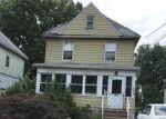 Foreclosed Home en W 3RD ST, Plainfield, NJ - 07063
